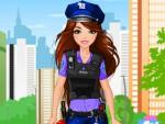 Polis Giydirme oyna